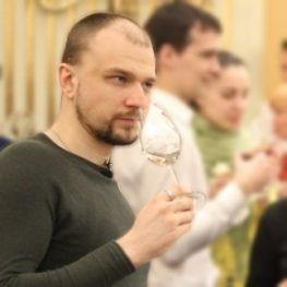 Председатель Лиги Сомелье Владимир Заплаткин